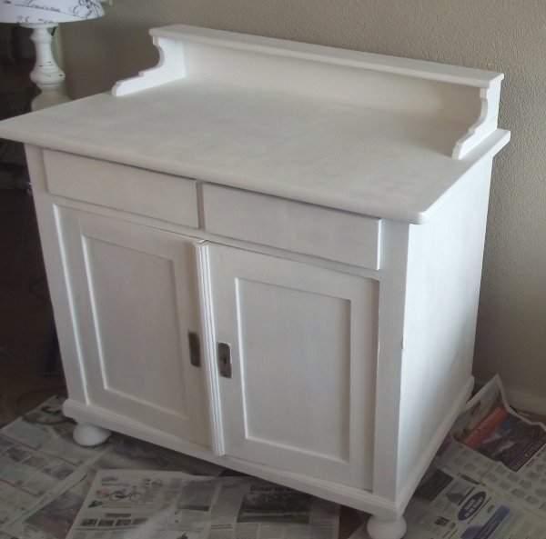 Shabby chic con amore casa shabby chic tutorial trasformazione com nello stile shabby chic - Dipingere un mobile di legno ...
