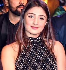 dhvani bhanushali age,songs,boyfriend,height and facts