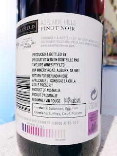 Wakefield Pinot Noir 2018 with Optimum Drinking Temperature Sensor