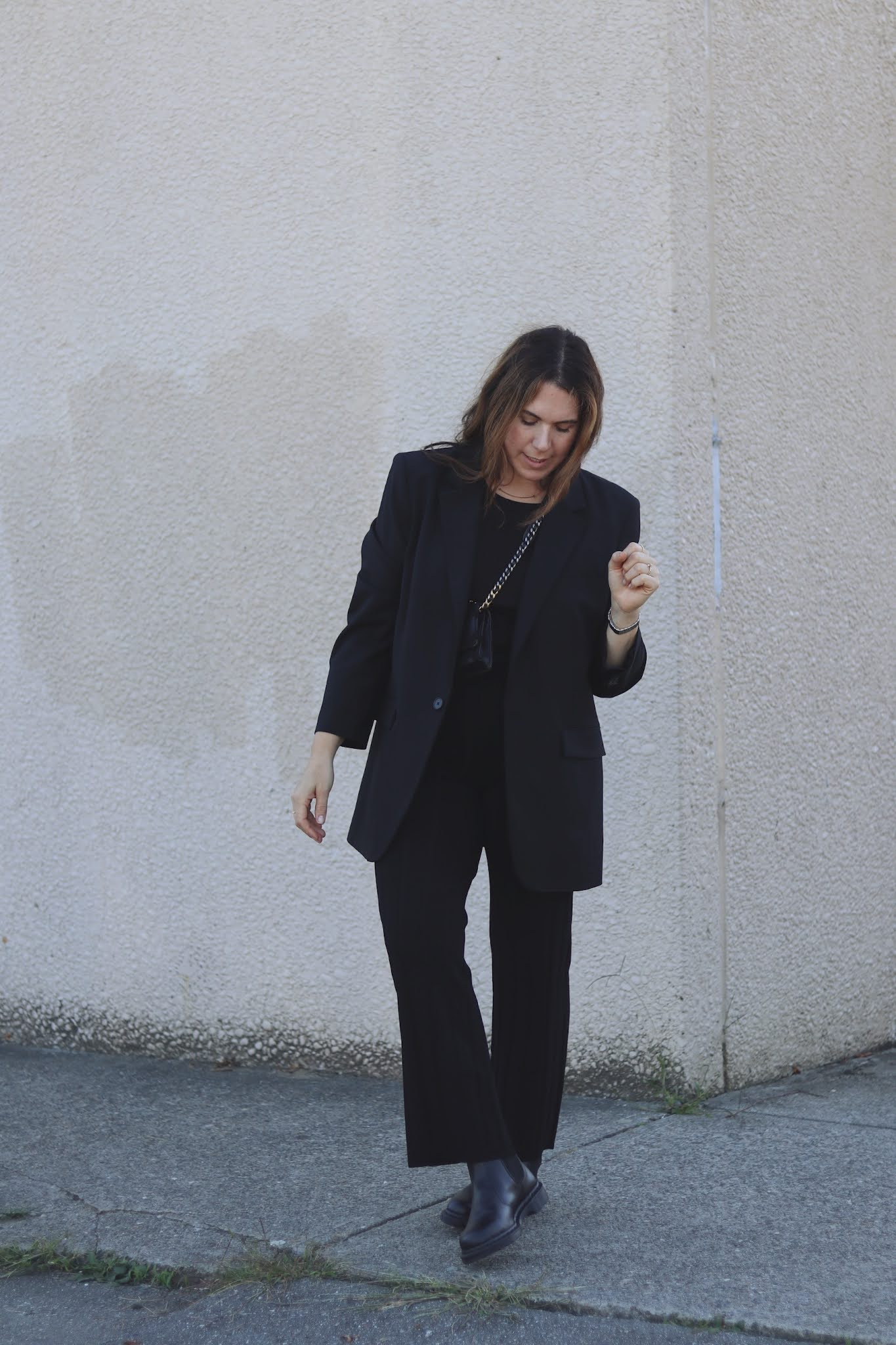 fall outfit hm knit pants aritzia agency blazer dr martens chelsea boots outfit