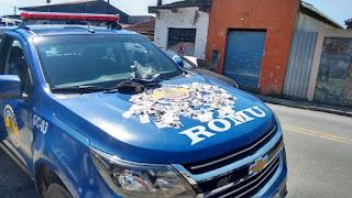 ROMU de Carapicuíba detém traficante pela estrada do Pequiá, bairro Vila Menck