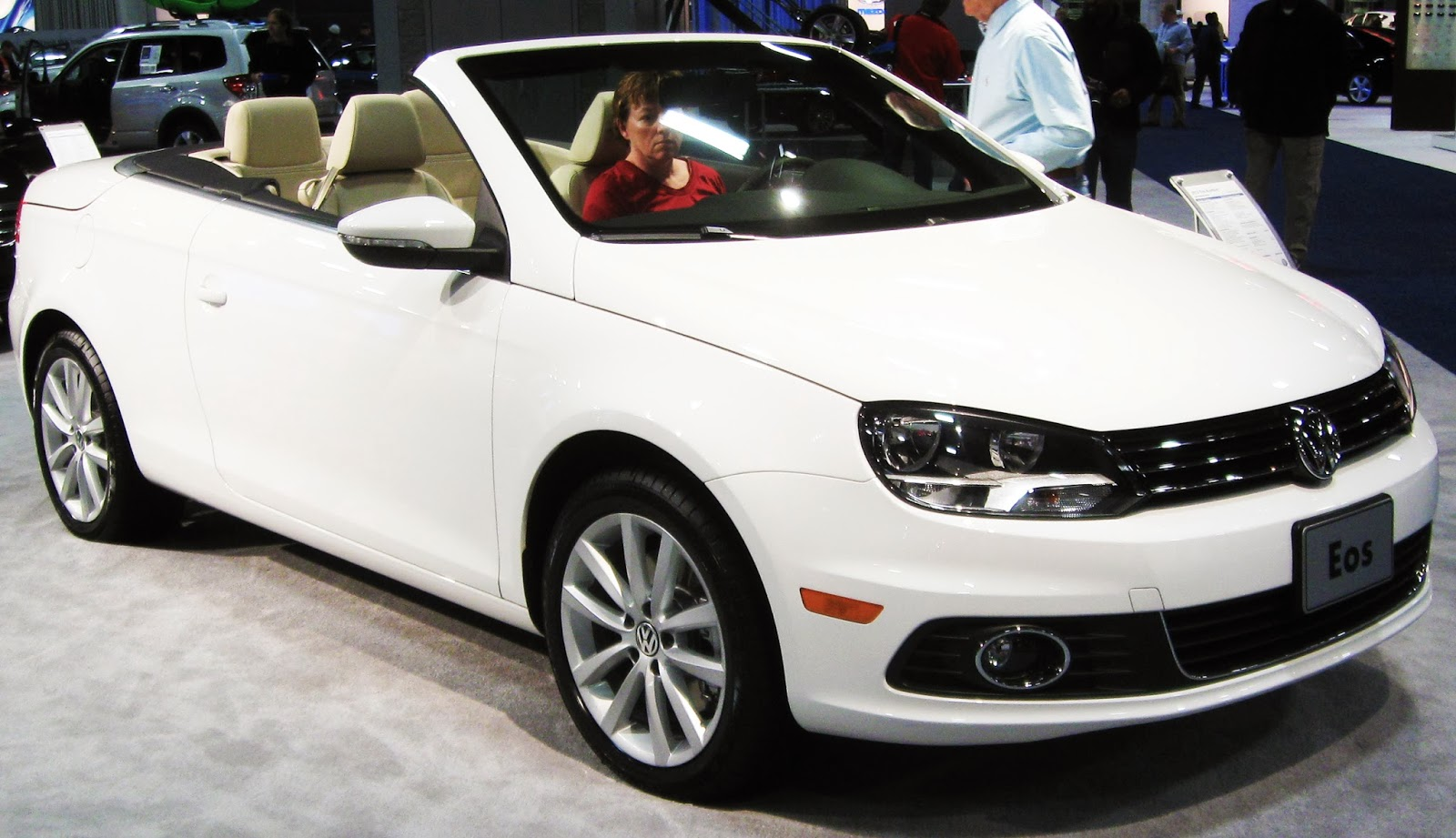 2012 Volkswagen Eos Komfort Convertible - Viewing Gallery