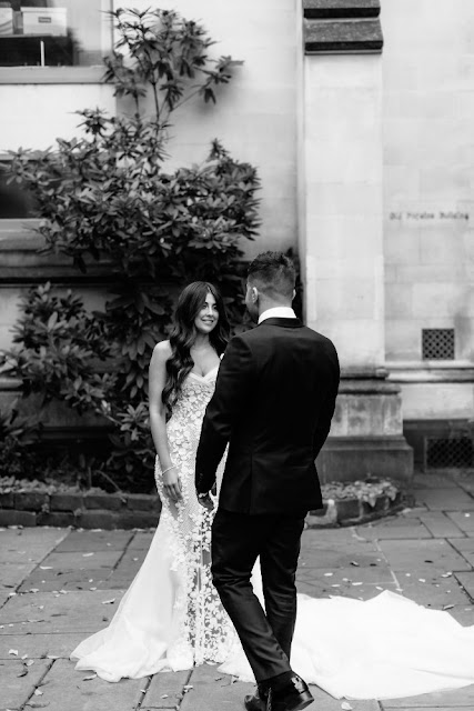 ERIN & TARA PHOTOGRAPHY MELBOURNE WEDDING METROLPOLIS AUSTRALIAN DESIGNER