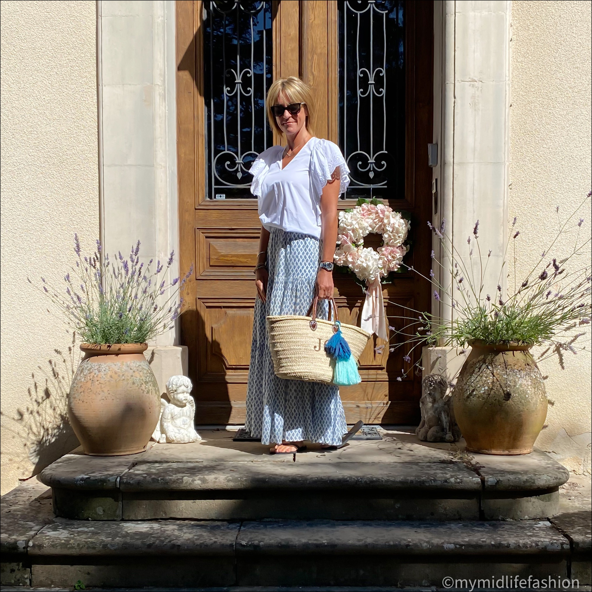 my midlife fashion, Chloe broderie anglaise top, zara maxi skirt, havaianas slim metallic flip flops, initially London Covent Garden handle basket