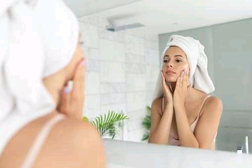 Weekly Beauty Routine for 20 something girls.
