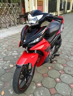Sơn xe Yamaha Exciter 2011 màu đỏ đen