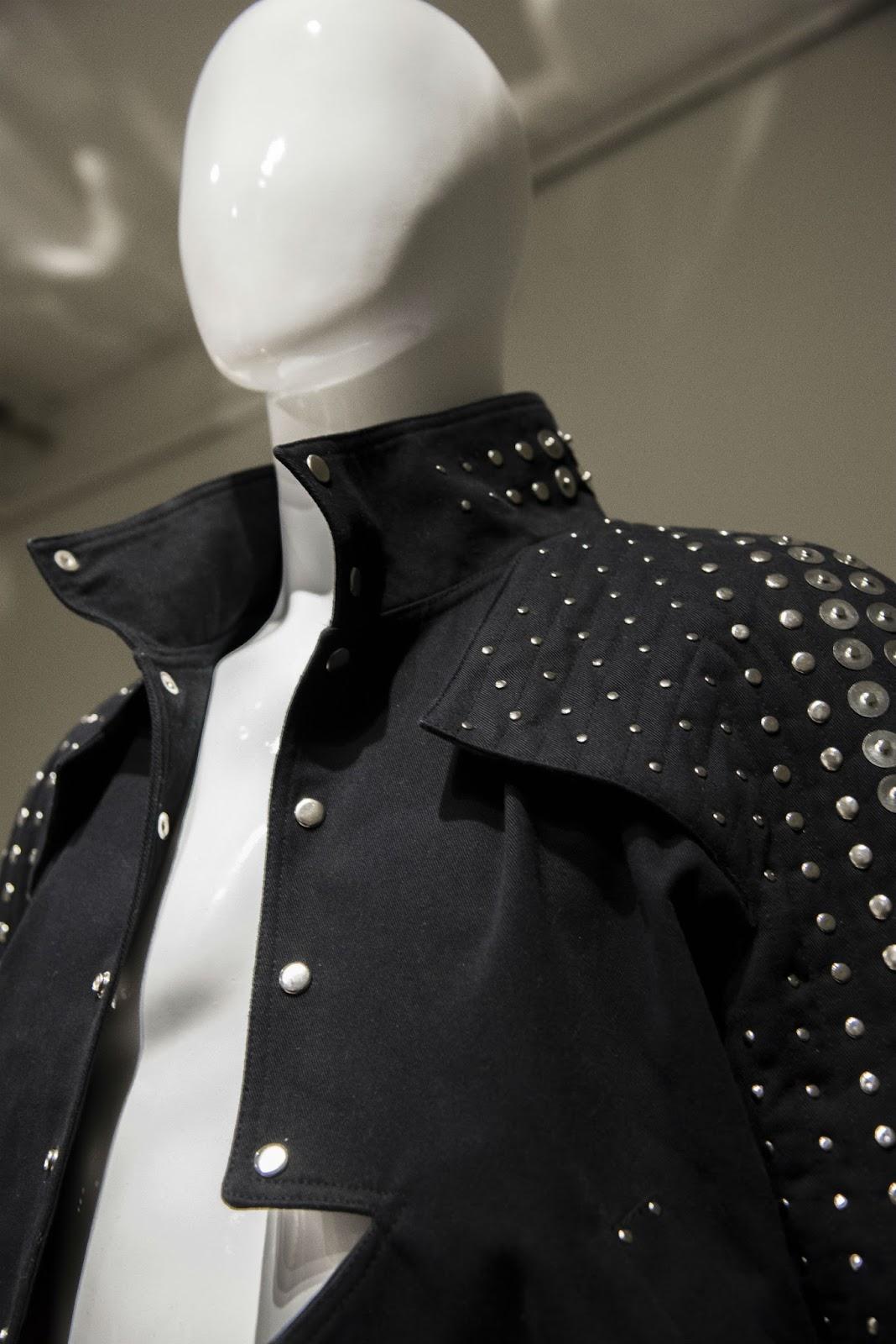 Un repaso a la inauguración de la Exposición Moda y Género en el ...