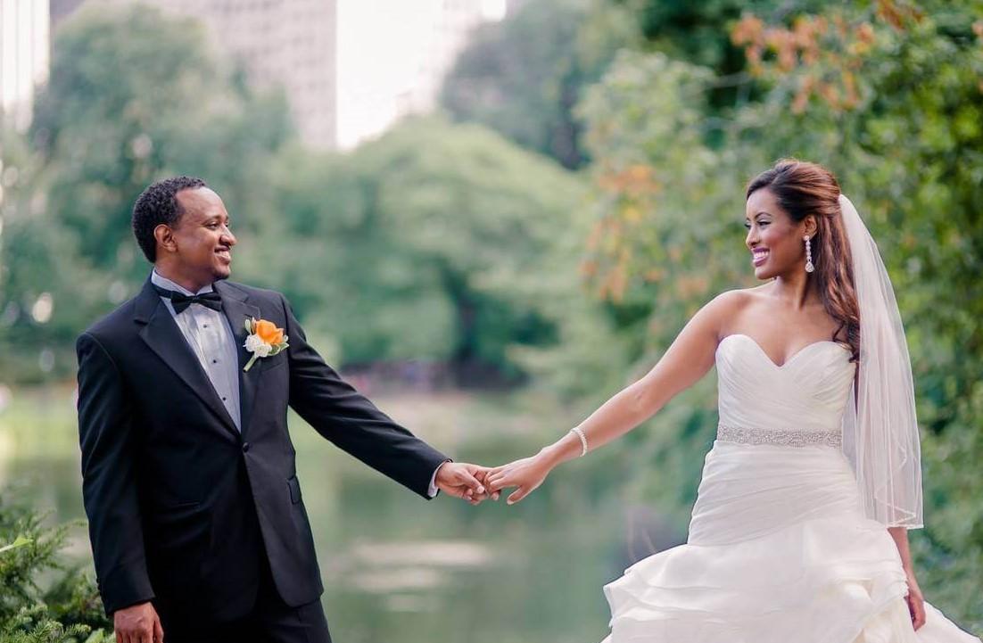 wedding photographer 10 Winslow Place Weatogue CT 06070