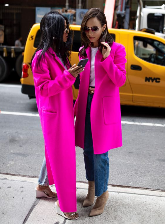 PINK STREET STYLE FASHION TREND