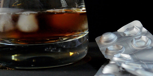 Azithromycin and Alcohol