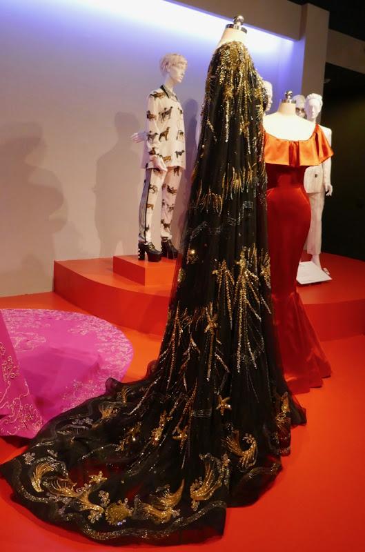 Sandra Bullock Oceans 8 Debbie Ocean Met Gala gown