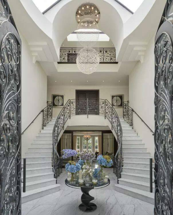 Stunning Staircase And Elevator Design Ideas: Beautiful Luxurious Staircase Designs
