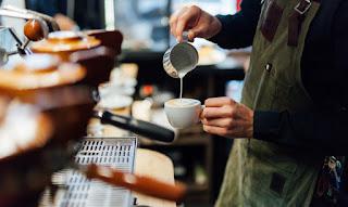 Πώς να γίνετε εκατομμυριούχοι κόβοντας τον καφέ