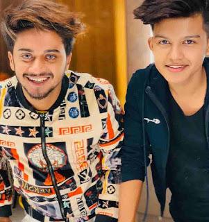 Riyaz Aly With Hasnain khan