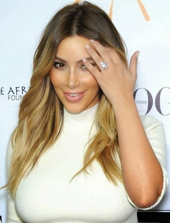 Kim Kardashian A Blonde 43