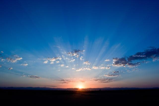 5 Manfaat Alami Berjemur Di Bawah Sinar Matahari Pagi