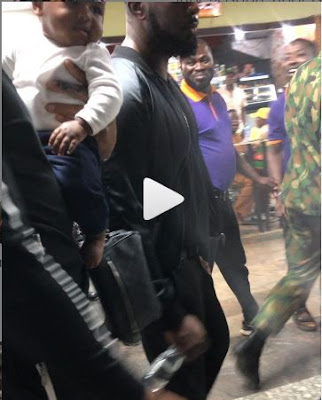 "Heavyweight Boxer, Anthony Joshua Visits Nigeria As He Gives His Fans ""Chop Knuckle"""