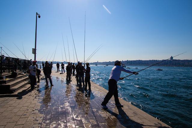 Pescatori sul lungomare-Uskudar (quartiere asiatico)-Istanbul