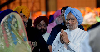 BJP targets former PM Manmohan Singh over economy criticism