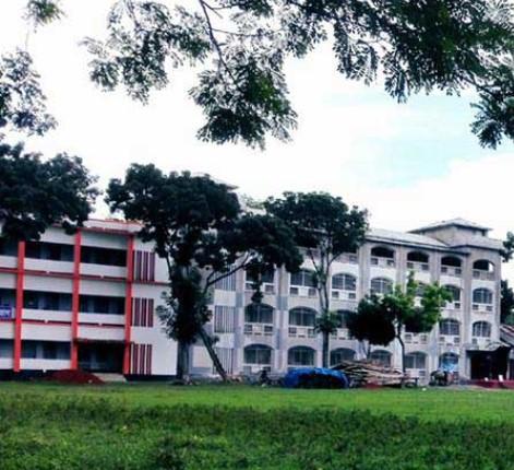 ভূঞাপুর ইবরাহীম খাঁ সরকারি কলেজে স্মার্টফোন ব্যবহারে নিষেধাজ্ঞা