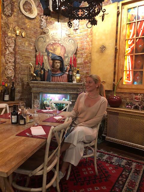 Akşam Yemeği için Lorenzo & Kakalamba