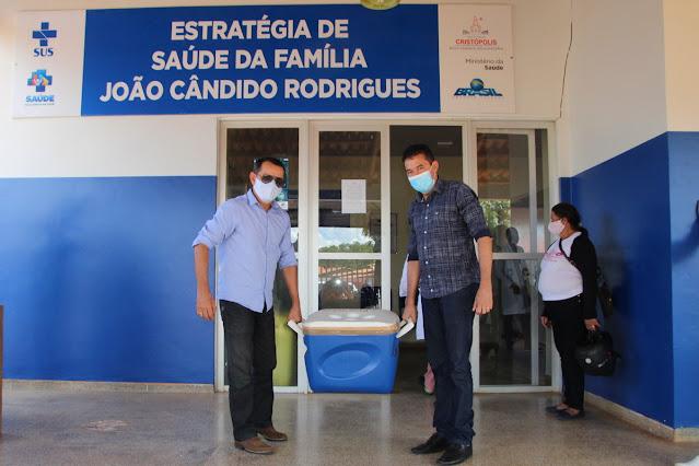 Cristópolis recebe as primeiras doses de vacina contra a Covid-19