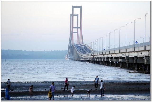 Jembatan Suramadu;10 Top Destinasi Wisata Bangkalan;