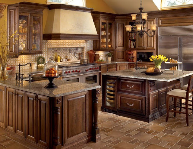 Classic Traditional Kitchen Cabinet
