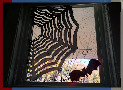 DIY Halloween Crafts Spider Web