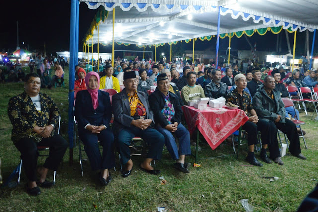 Ribuan warga Jimbung Nikmati Kesenian Wayang Usai TMMD Ditutup
