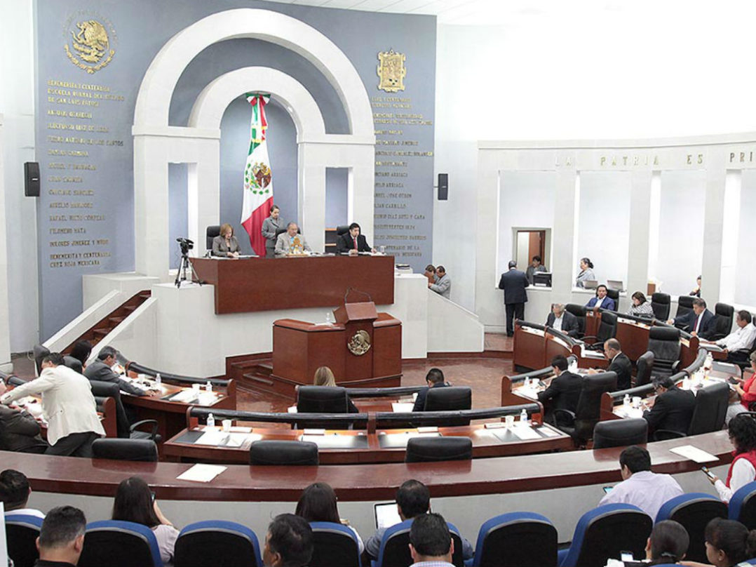 """""""El Congreso de SLP saquea millones de pesos del erario"""": Mexicanos contra la Corrupción"""