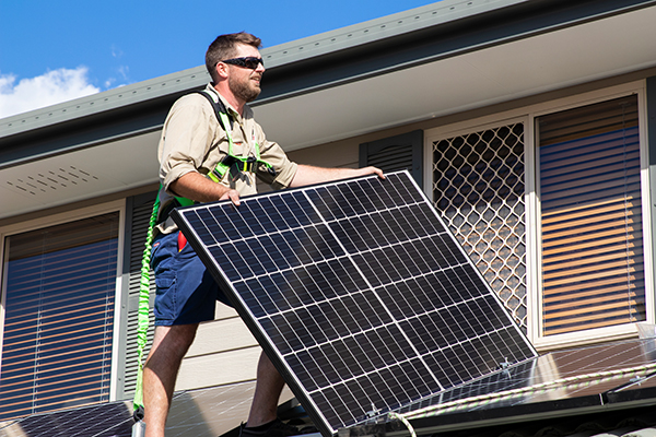 Solar panels and Benefits of a Solar Panel