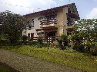 Villa R Besar / Blok R1 - 3.5 Lembang - Vib 3 Kamar