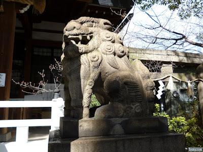鵲森宮狛犬
