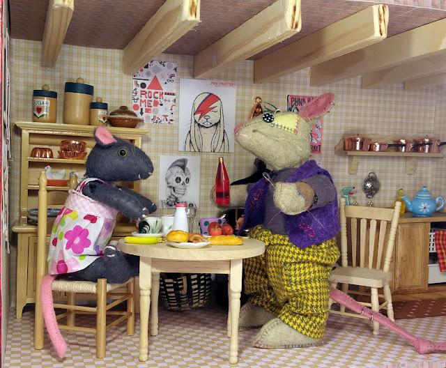 breakfast - petit déjeuner- souris- mouse
