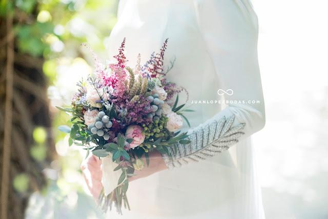 ramo de novia asimetrico