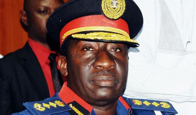 e Commandant General of the Nigeria Security and Civil Defence Corps, Abdullahi Gana Muhammadu, has said a panel has been set-up to investigate the case of the corps' personnel who allegedly beat up a tanker driver.  Muhammadu made this known while addressing the agency's personnel following the incident that occurred in Lagos.  He said ''personnel must be of good behaviour by obeying the Public Service rules as stipulated in the Public Service Charter and Scheme of Service''.  He described the whole situation as unfortunate, adding that the perpetrators will not go unpunished as they have been arrested and detained, while NSCDC has set up a panel of inquiry to investigate the case.  He added that the victims are to appear before the panel for their testimonies and that the affected personnel have been suspended pending the conclusion of the case by the panel.