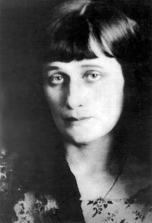 anna achamatova-poesie-russia-stalin