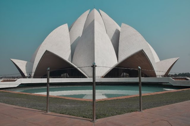 places to visit lotus temple 2020 - lotus temple history