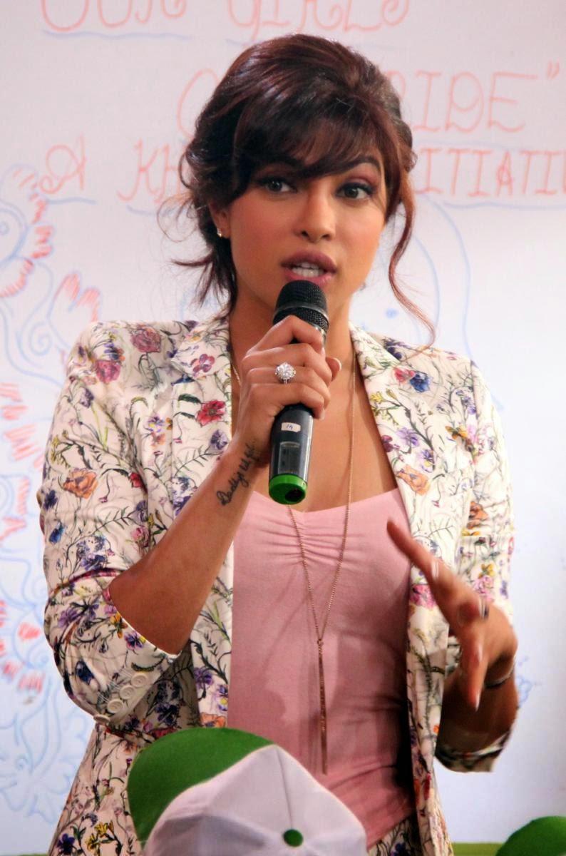 Priyanka Chopra Latest Hot Photos  South Mp3 Songs Download-9045