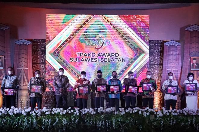 Selamat! Pemkab Bone Raih Penghargaan TPKAD Terbaik
