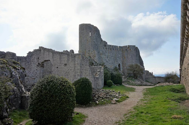 torreón castillo de Peyrepertuse