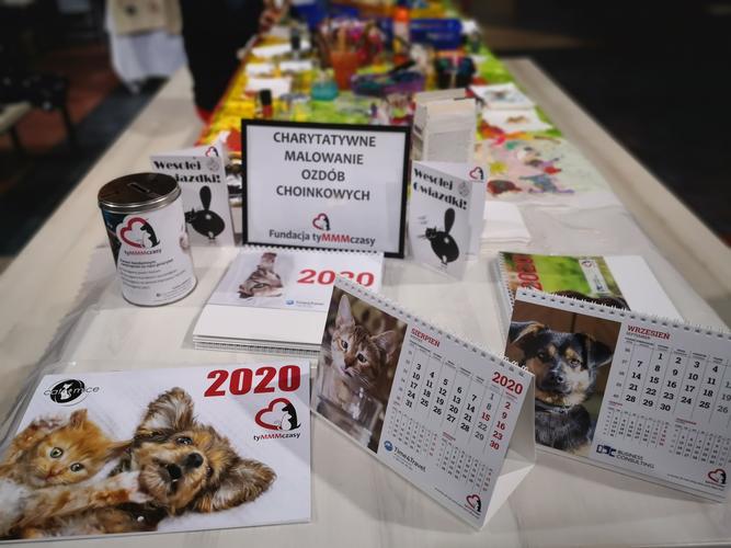Dog Day & Cat Day edycja świąteczna, charytatywne malowanie bombek