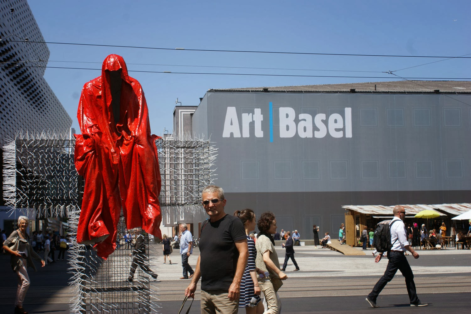 Uncategorized Handel Contemporary treseizero contemporary istanbul modern art fair kunst und handel graz vienna sculpture t guardian sculptor christoph luckeneder m