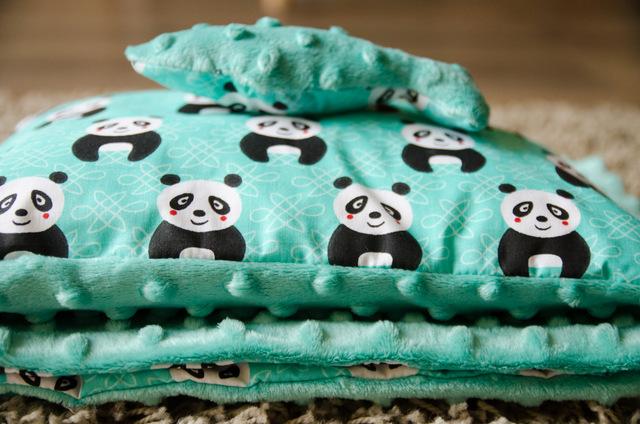Minky kocyk i poduszka - Wesołe Pandy