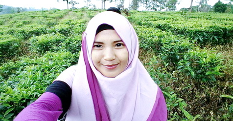 Theresa, ABG 13 Tahun Yang Diusir Orangtuanya Karena Jatuh Cinta Pada Islam