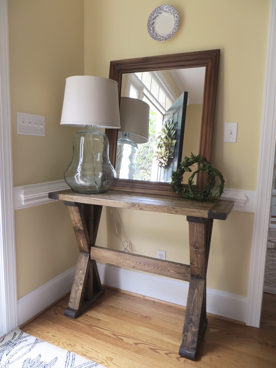 DIY Tutorial for Building an X Entryway Table