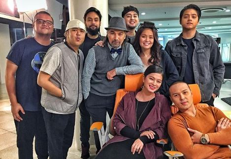 BTS: This is How The Cast of La Luna Sangre Unite Behind the Camera!