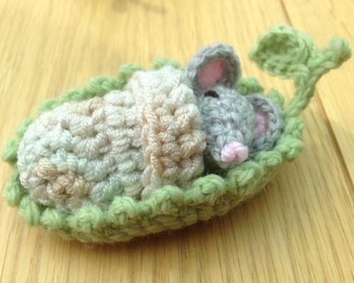 Mouse Sleepy Head - Free Pattern