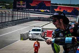 https://1.bp.blogspot.com/-hO37c0G5v9E/XRXZEmb8-cI/AAAAAAAAEHQ/y4IUgQxxfFcp5IQGLr1JE7fZgjjNR7xzACLcBGAs/s320/Pic_MotoGP-_0295.jpg
